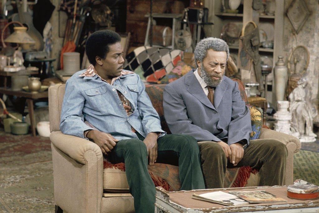 """Demond Wilson as Lamont Sanford, and Whitman Mayo as Grady Wilson on the set of """"Sanford and Son"""" Episode 24 