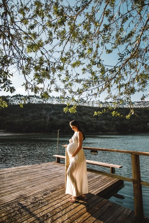 Olivia joined Tim at the river | Source: Unsplash