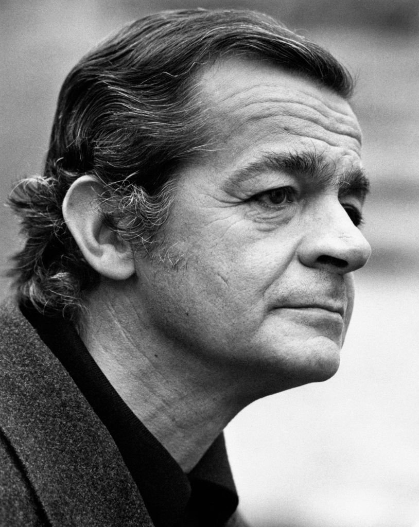 Portrait de l'acteur et chanteur français d'origine italienne Serge Reggiani. Milan, 1970. | Photo : Getty Images