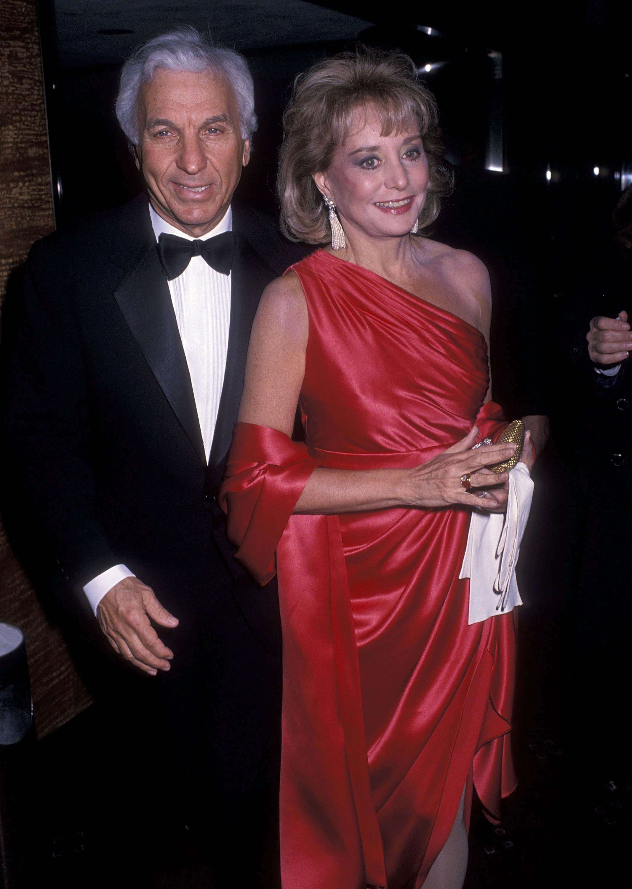 Barbara Walters and Merv Adelson attend the American Museum of the Moving Image Honors Sidney Poitier on February 28, 1989 at the Waldorf-Astoria Hotel in New York City. | Photo: GettyImages