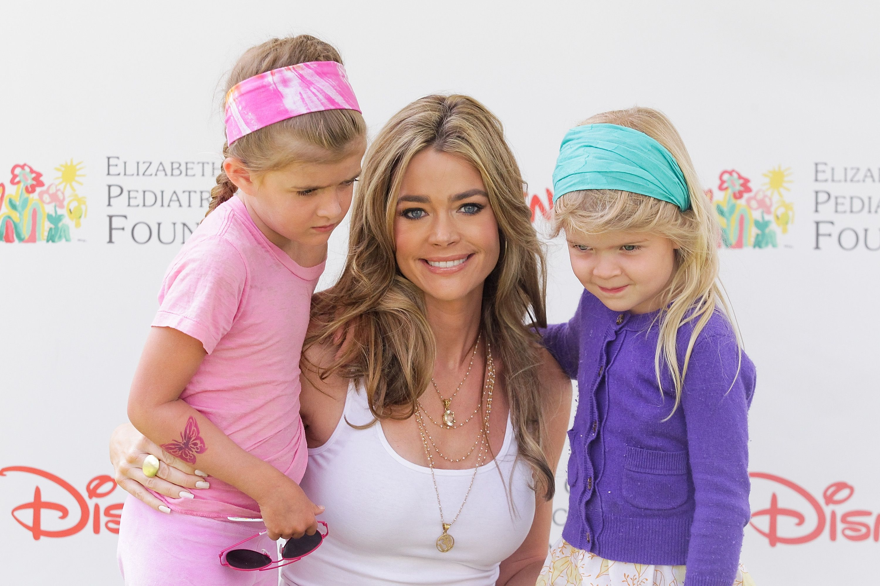 """Denise Richards, Sami Sheen, and Lola Sheen at the 21st Annual """"A Time for Heroes"""" picnic in LA, 2010 