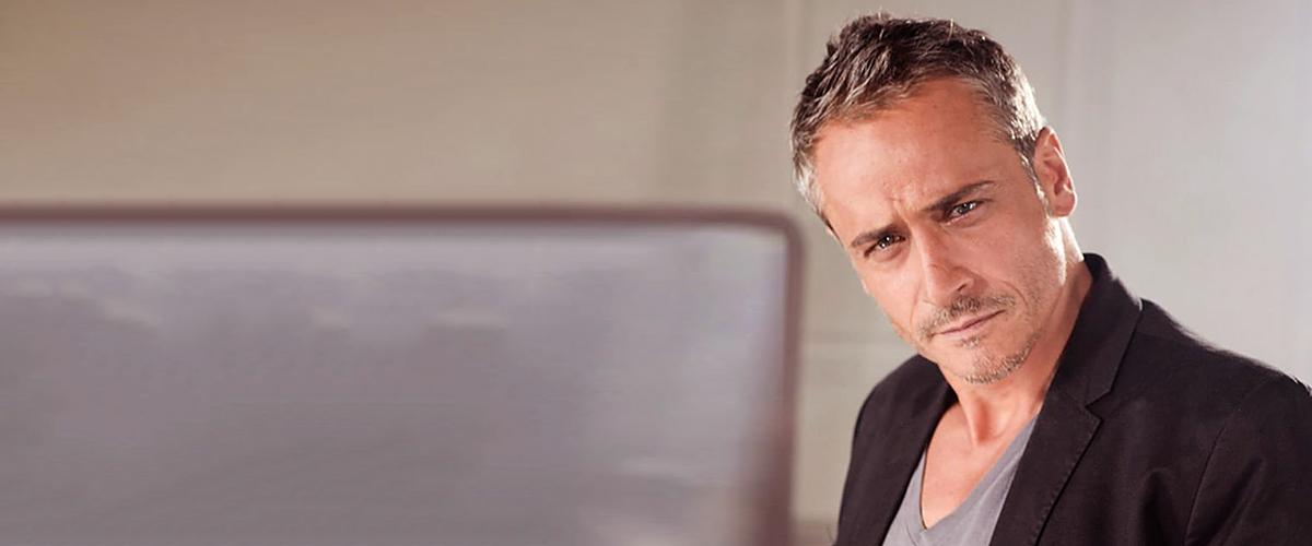 Jean-Michel Tinivelli ne veut pas faire de scènes d'amour avec Marine Delterme
