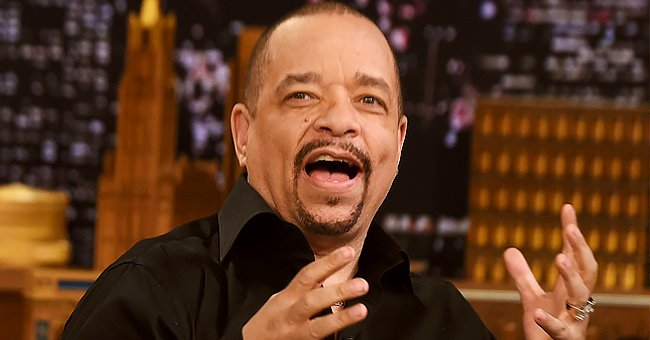 Ice-T's Wife Coco Flaunts Toned Buttocks in Floral Leggings and High-Heels Posing in a Photo