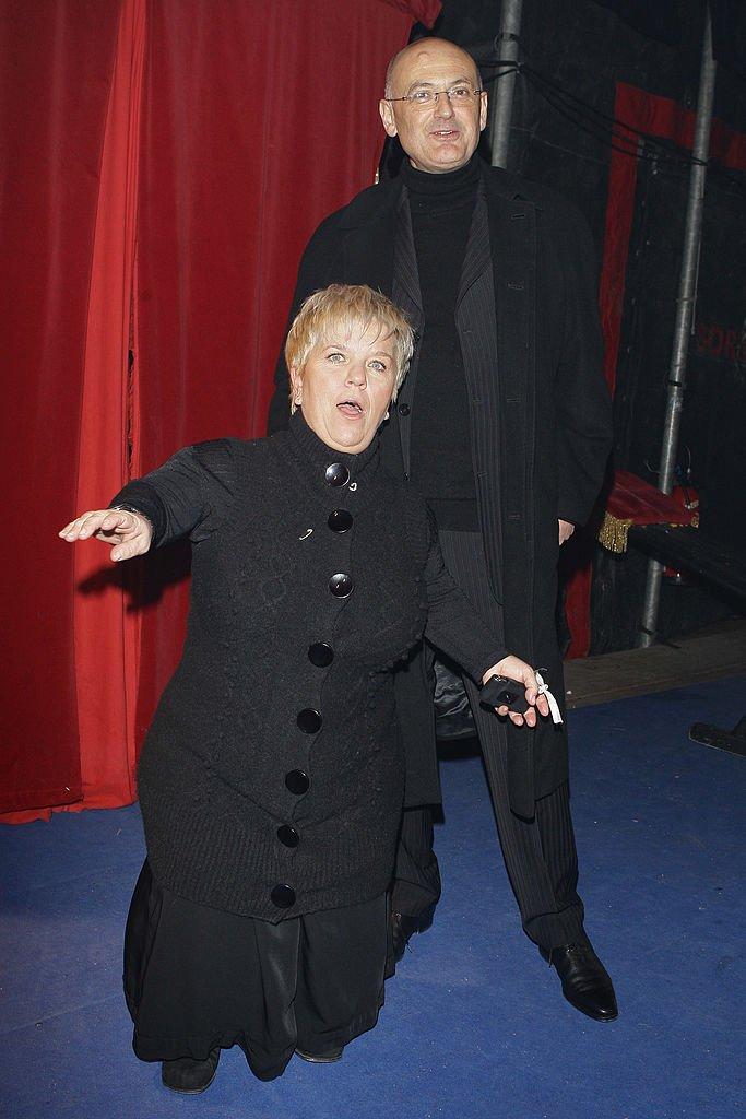 Mimie Mathy et son mari en 2009 au Gala de la Presse. l Source: Getty Images