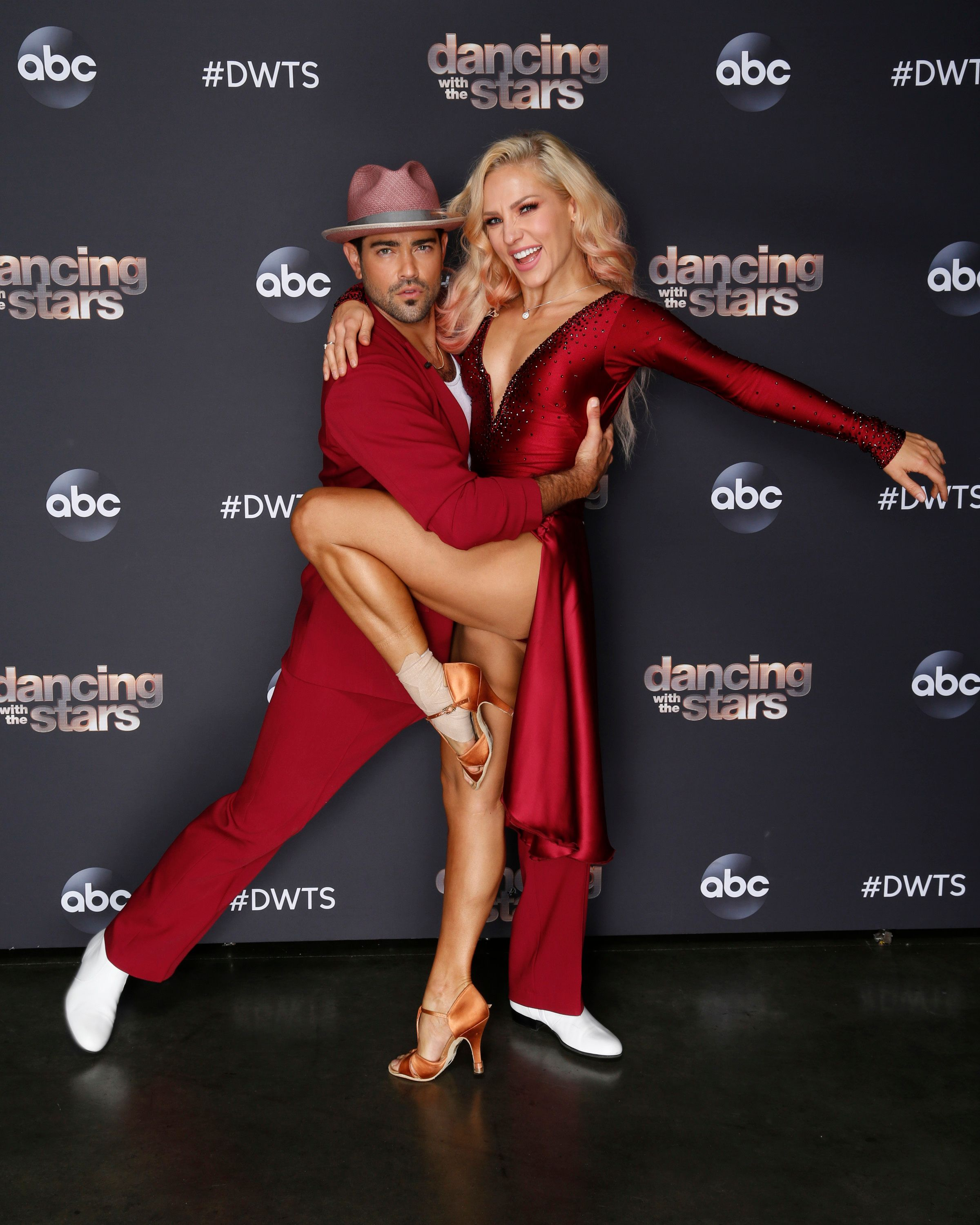 """After a memorable """"Disney Night,"""" 13 celebrity and pro-dancer couples compete for the fourth week live for the 2020 season, MONDAY, OCT. 5. 