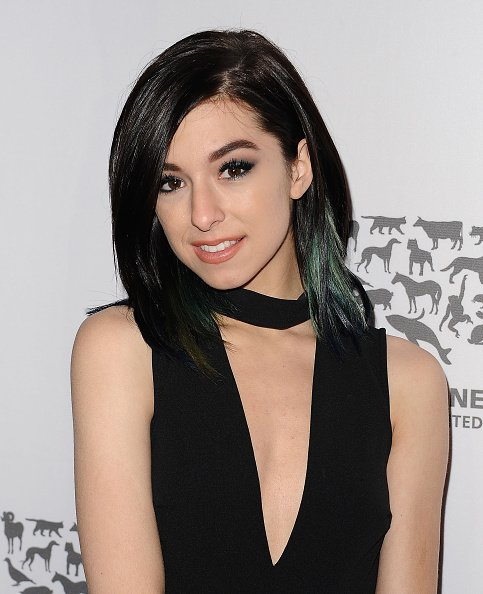 Christina Grimmie attends The Humane Society of The United States' To The Rescue gala at Paramount Studios on May 07, 2016 | Photo: Getty Images