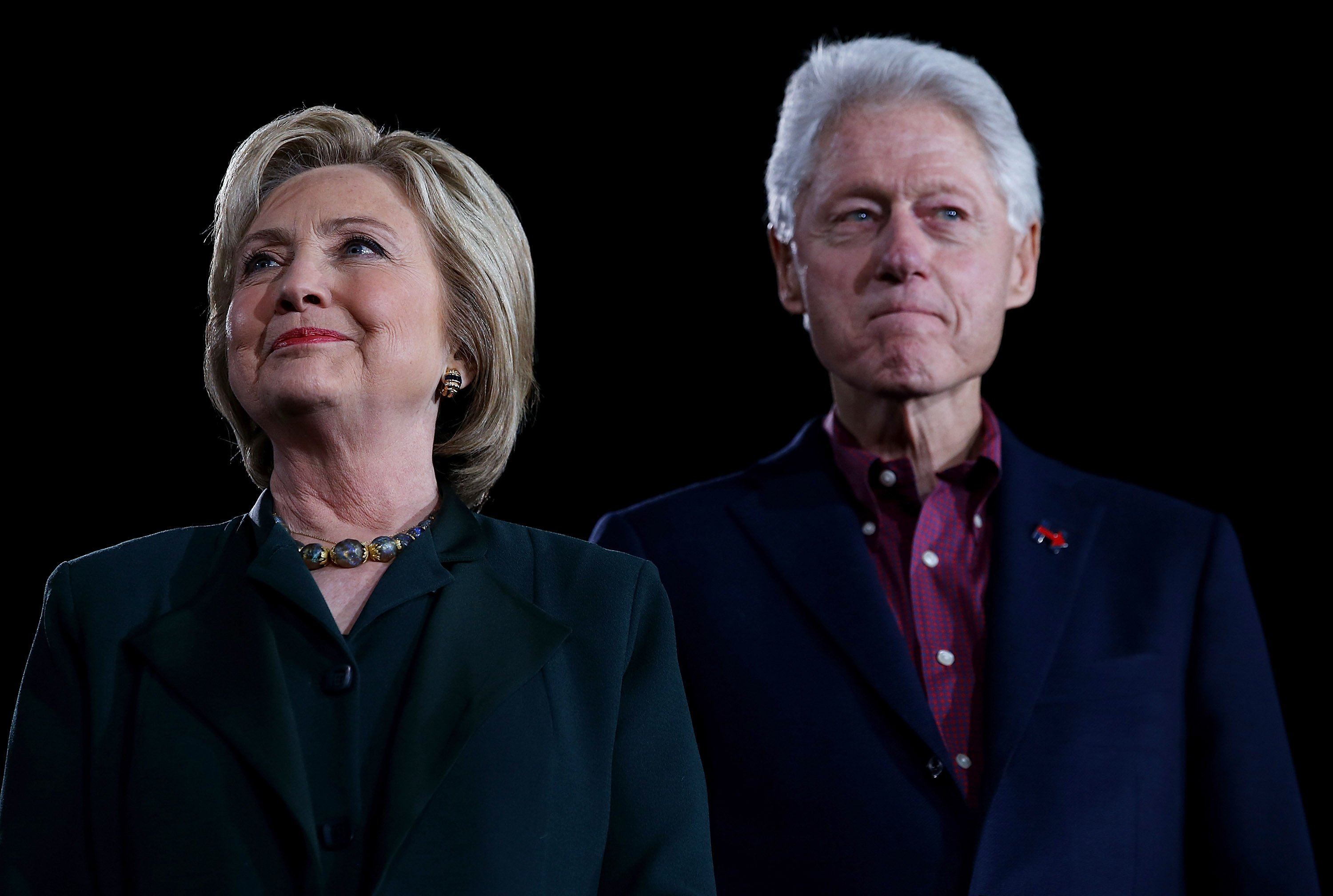 Hillary and Bill Clinton at a 'Get Out The Caucus' at the Clark County Government Center on February 19, 2016 in Las Vegas, Nevada | Photo: Getty Images