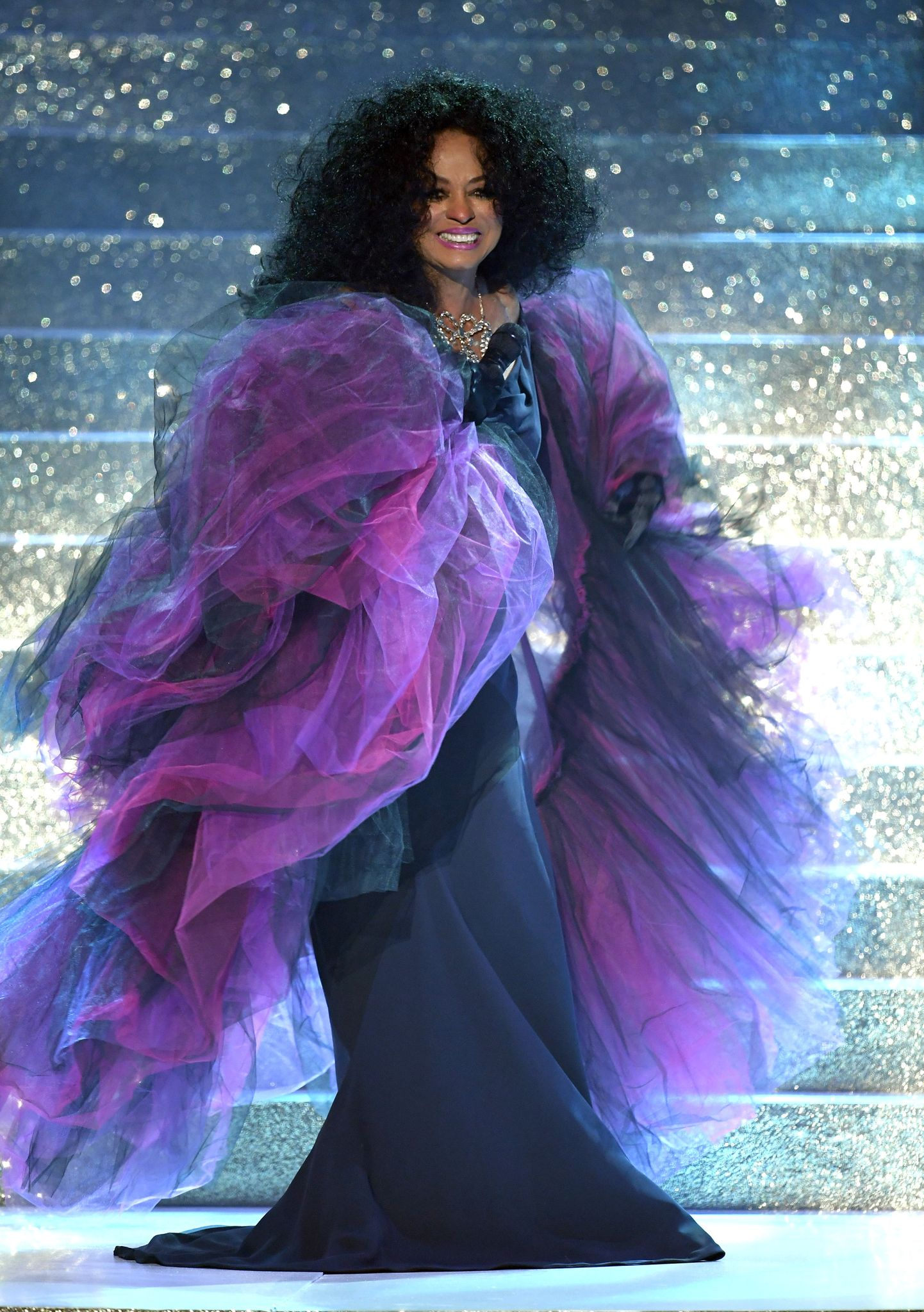 Diana Ross performing at the 2017 American Music Awards in 2017 in Los Angeles, California | Source: Getty Images