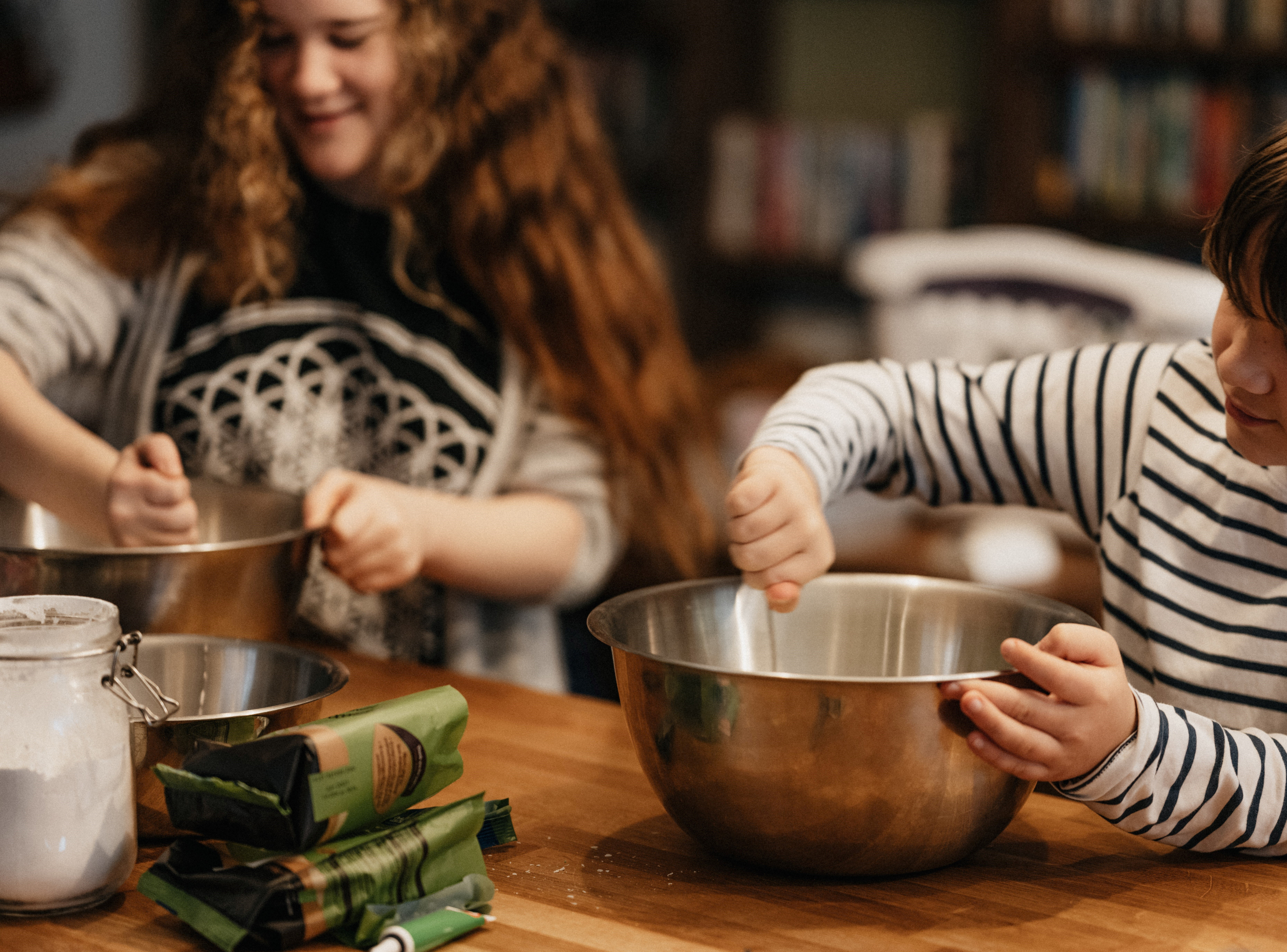 My children Jimmy and Jessy cooking together.   Source: Unsplash
