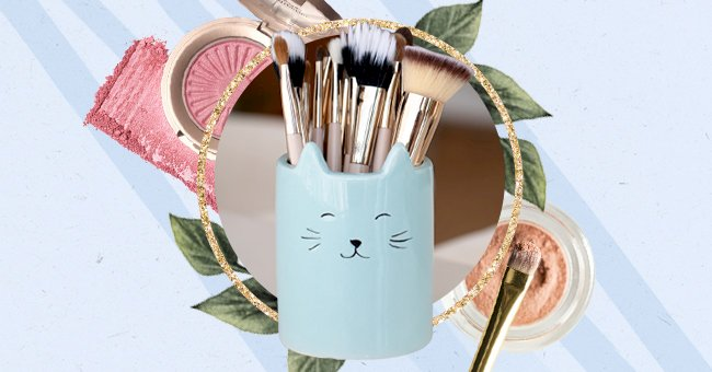 Unpacking The Differences Between Natural & Synthetic Makeup Brushes