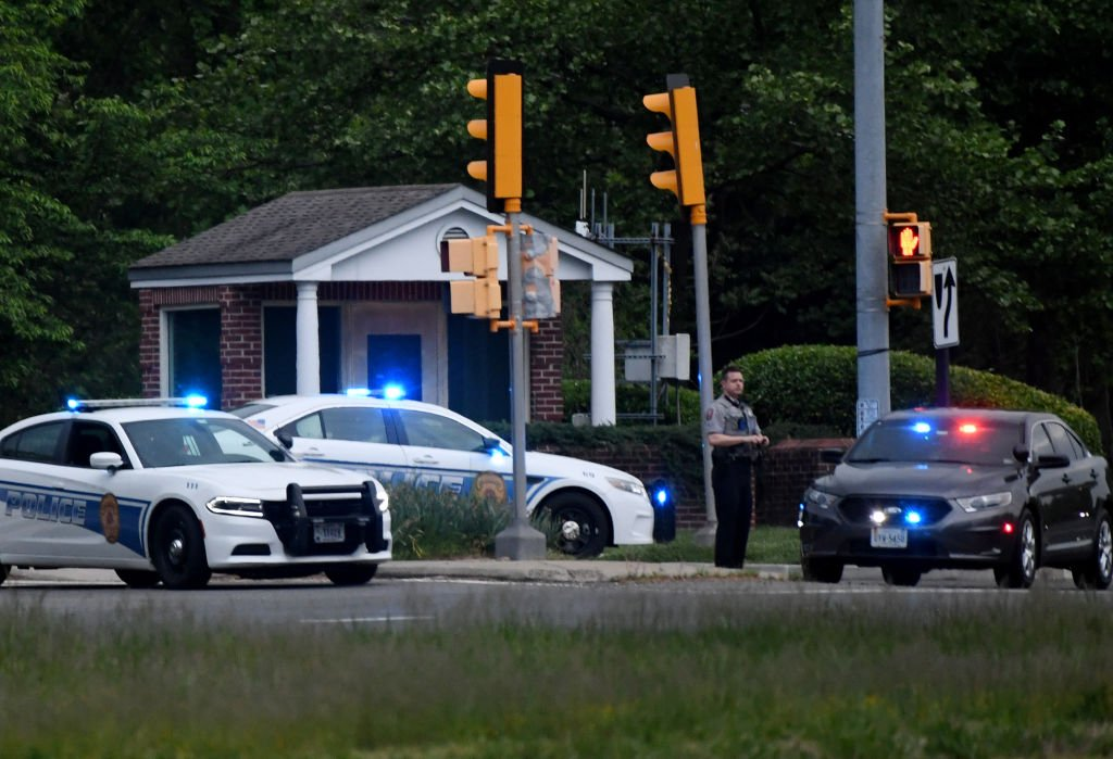 Police cars are seen responding to a scene on May 3, 2021 | Photo: Getty Images