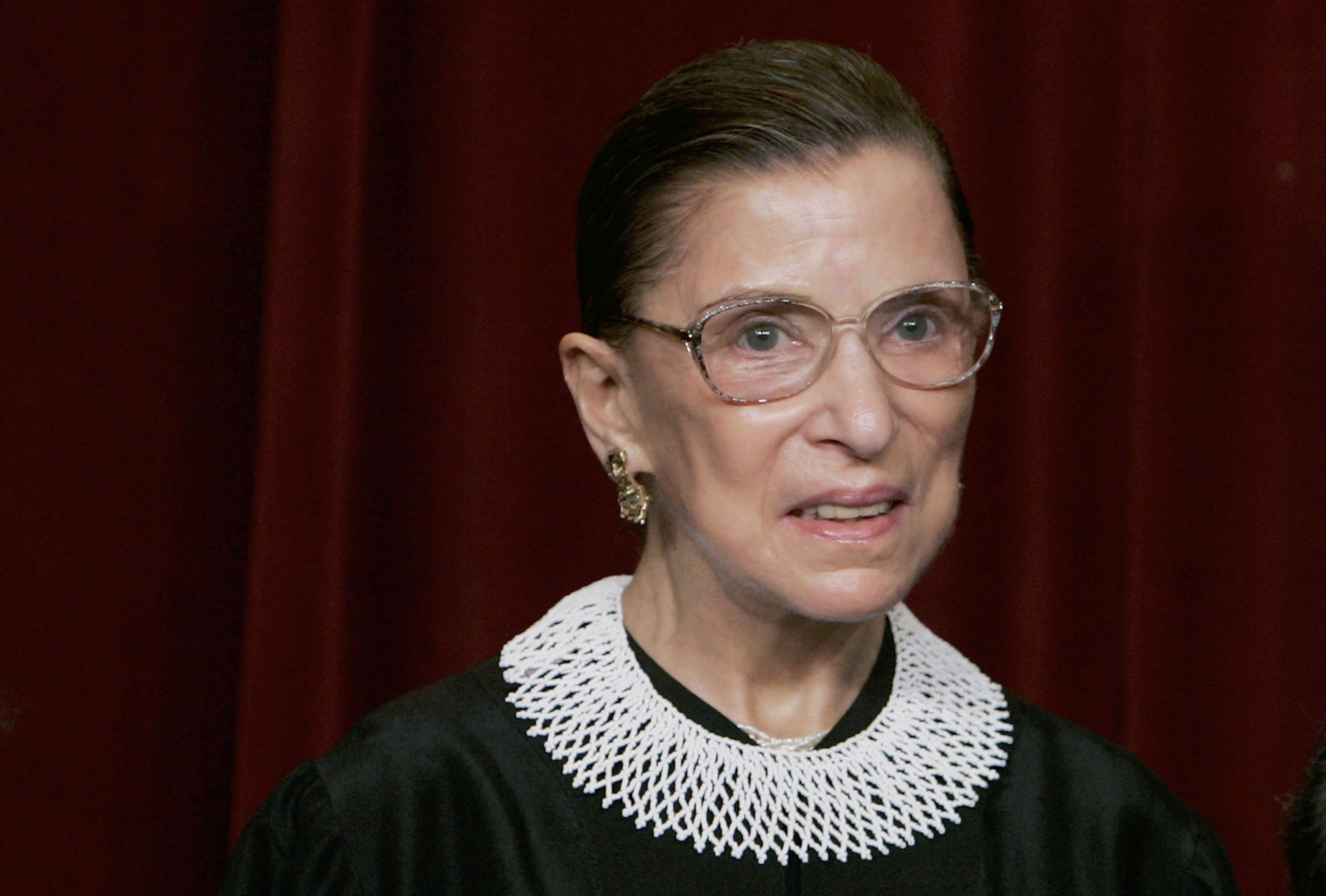 Supreme Court Justice Ruth Bader Ginsburg at a photo session with photographers at the U.S. Supreme Court March 3, 2006 in Washington DC | Photo: Getty Images