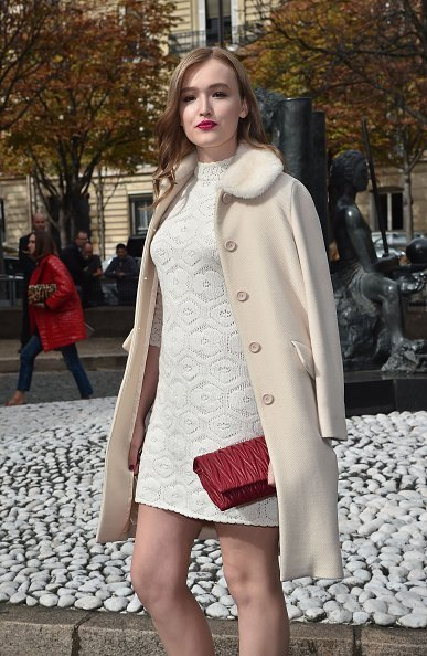 Maddison Brown at the Paris Fashion Week on October 7, 2015   Photo: Getty Images