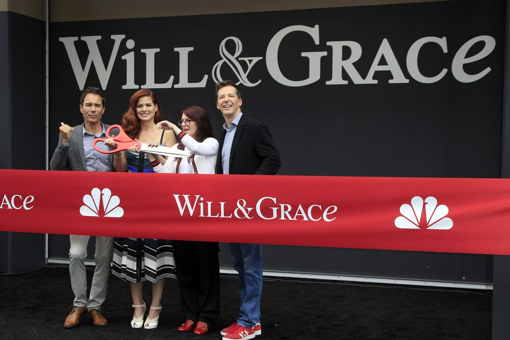 "Eric McCormack and Debra Messing at ""Will & Grace premiere/ Source: Getty Images"