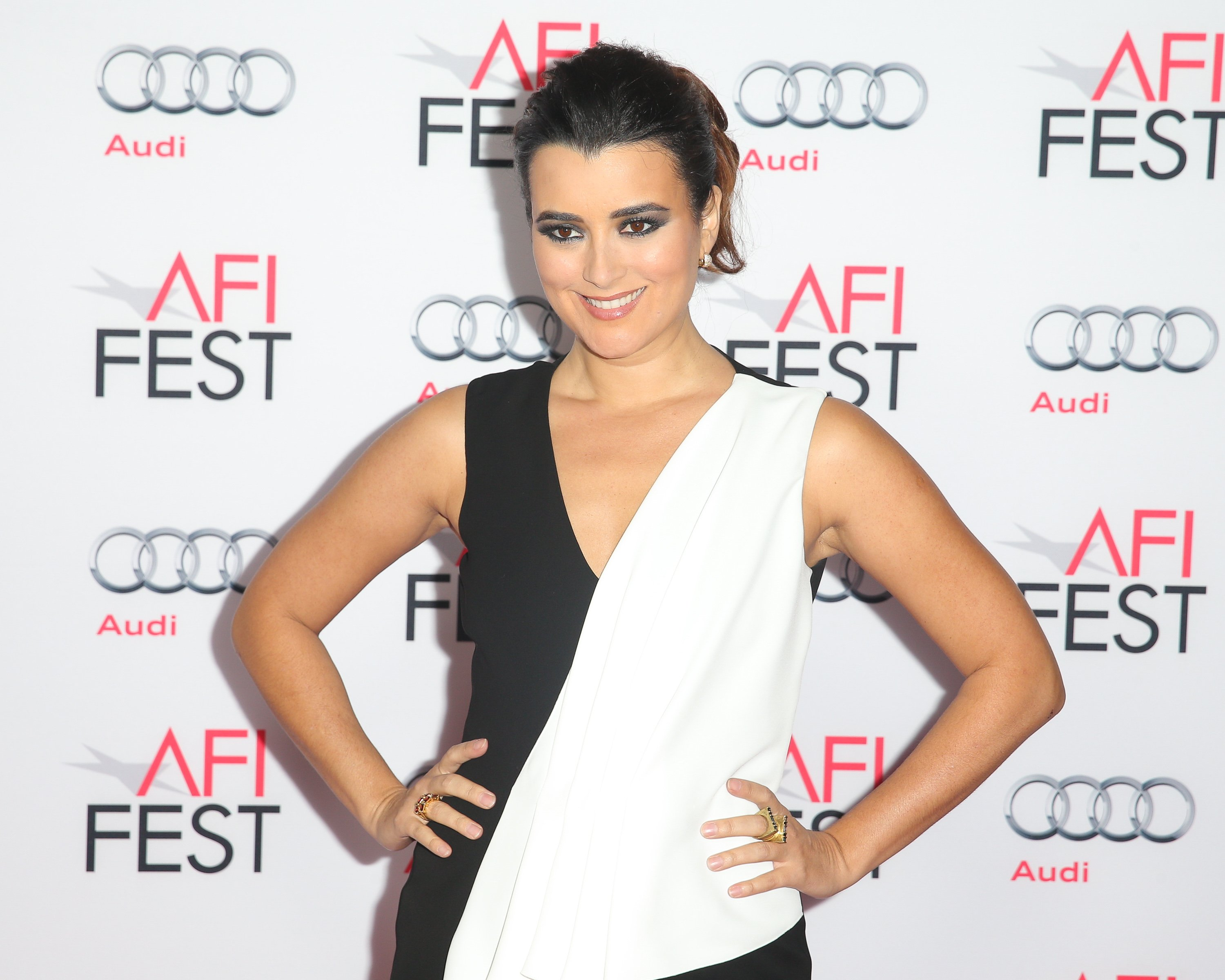 "Cote de Pablo attends the premiere of ""The 33"" in Hollywood, California on November 9, 2015 