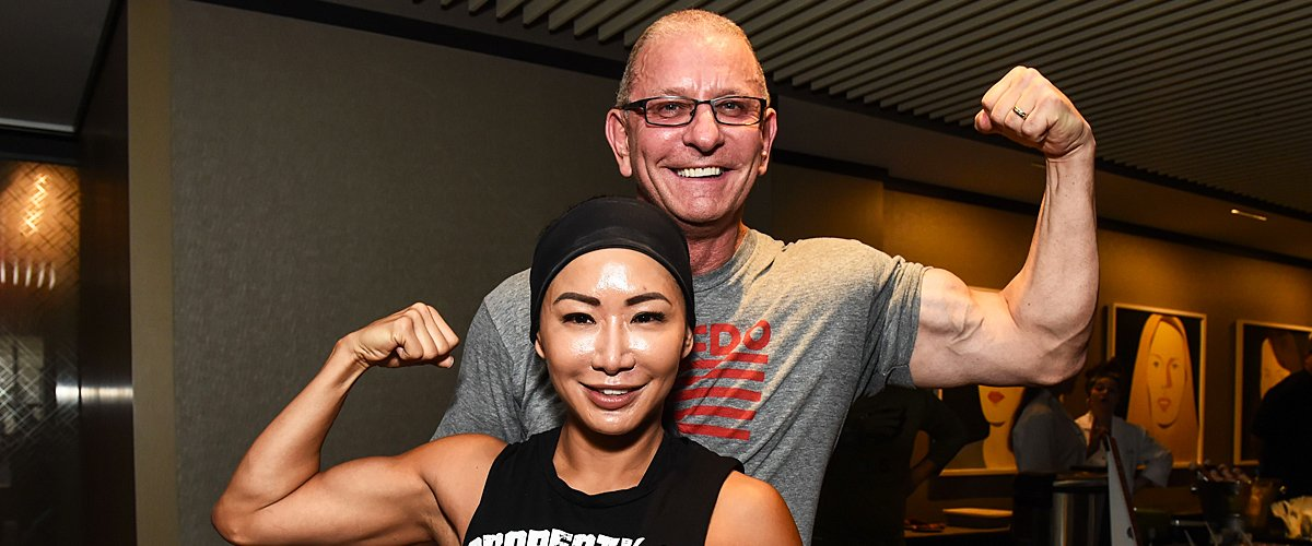Robert Irvine and wife Gail Kim pose during Fit & Feast at The Langham New York on October 12, 2019 | Photo: Getty Images
