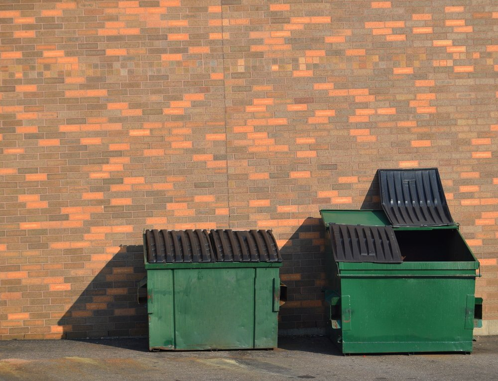 Bennes à ordures / Source : Shutterstock
