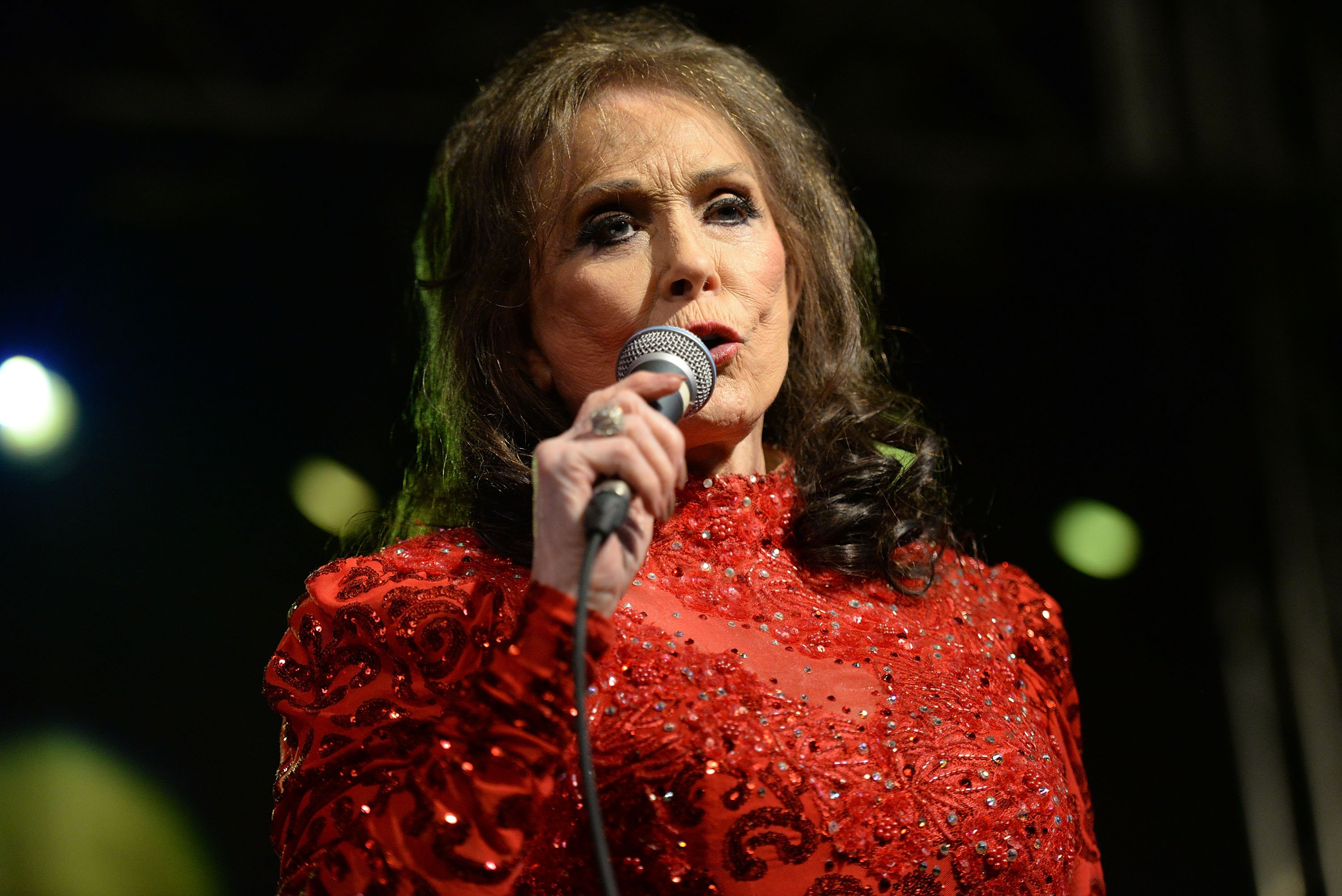 Loretta Lynn pictured performing at Stubbs on March 17, 2016 in Austin, Texas. | Photo: Getty Images