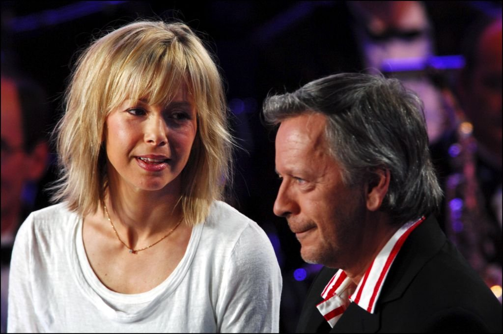 Renaud et sa femme Romane Serda. | Photo : Getty Images