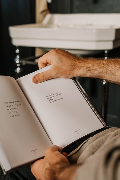 He wrote a poetry book in the toilet | Source: Unsplash