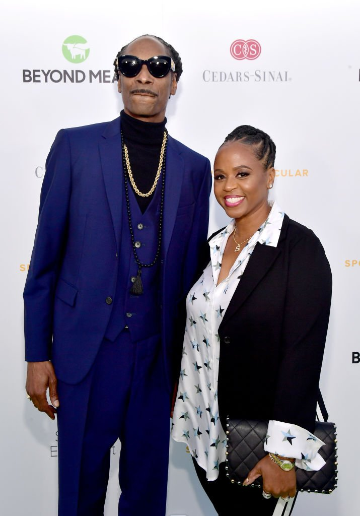 Snoop Dogg (L) and Shante Broadus attend the 34th Annual Cedars-Sinai Sports Spectacular at The Compound | Photo: Getty Images