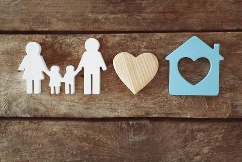 Concept image of a loving family. | Source: Shutterstock.