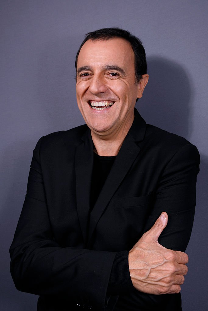 Thierry Beccaro tout souriant. | Photo : Getty Images