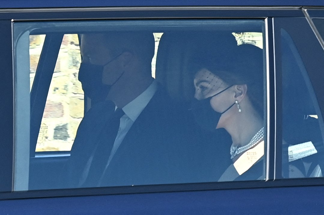 Kate Middleton and Prince William arrive for the funeral service of Prince Philip, Duke of Edinburgh in Windsor Castle in Windsor, on April 17, 2021 | Photo: Getty Images