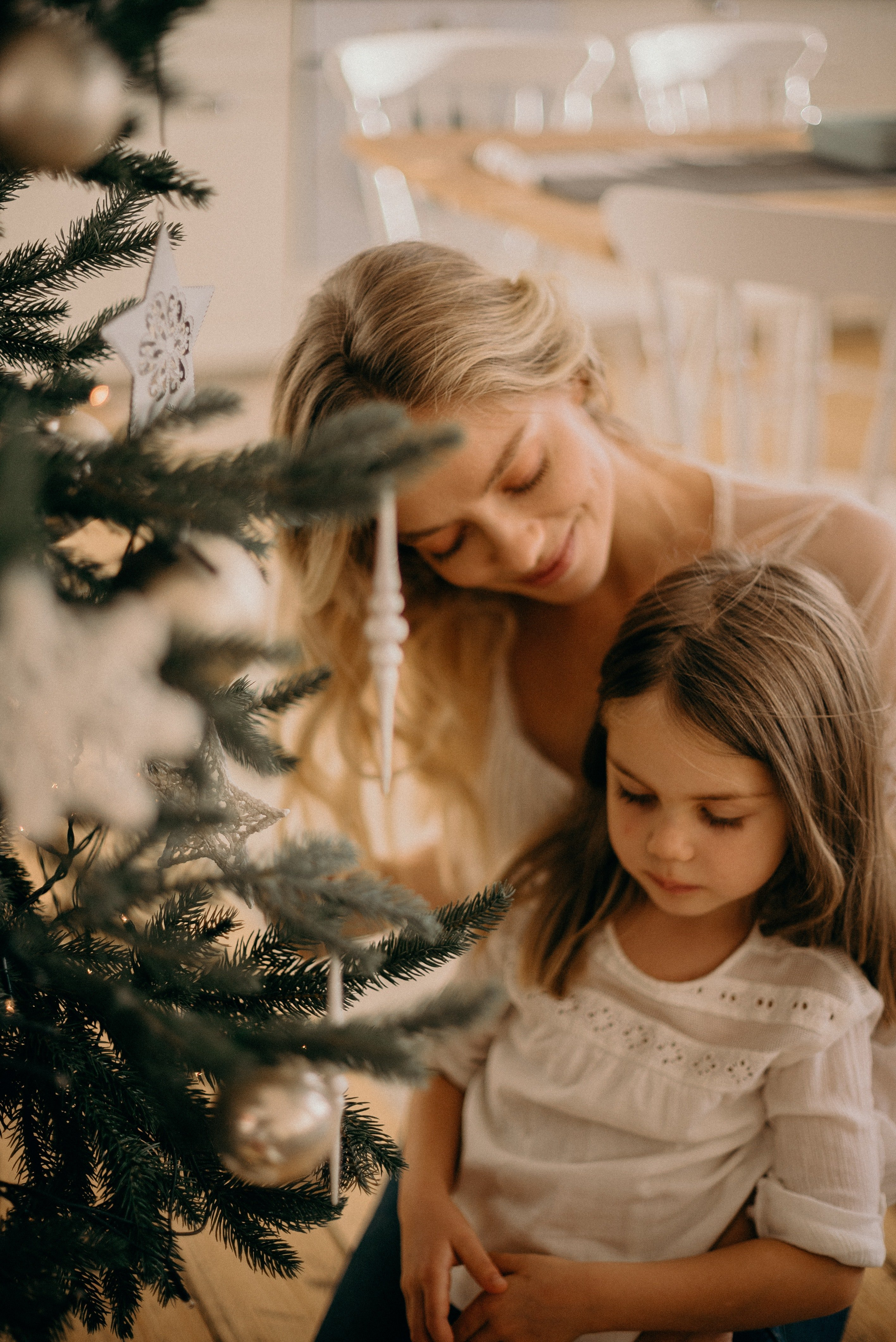 Mother and daughter.   Source: Pexels