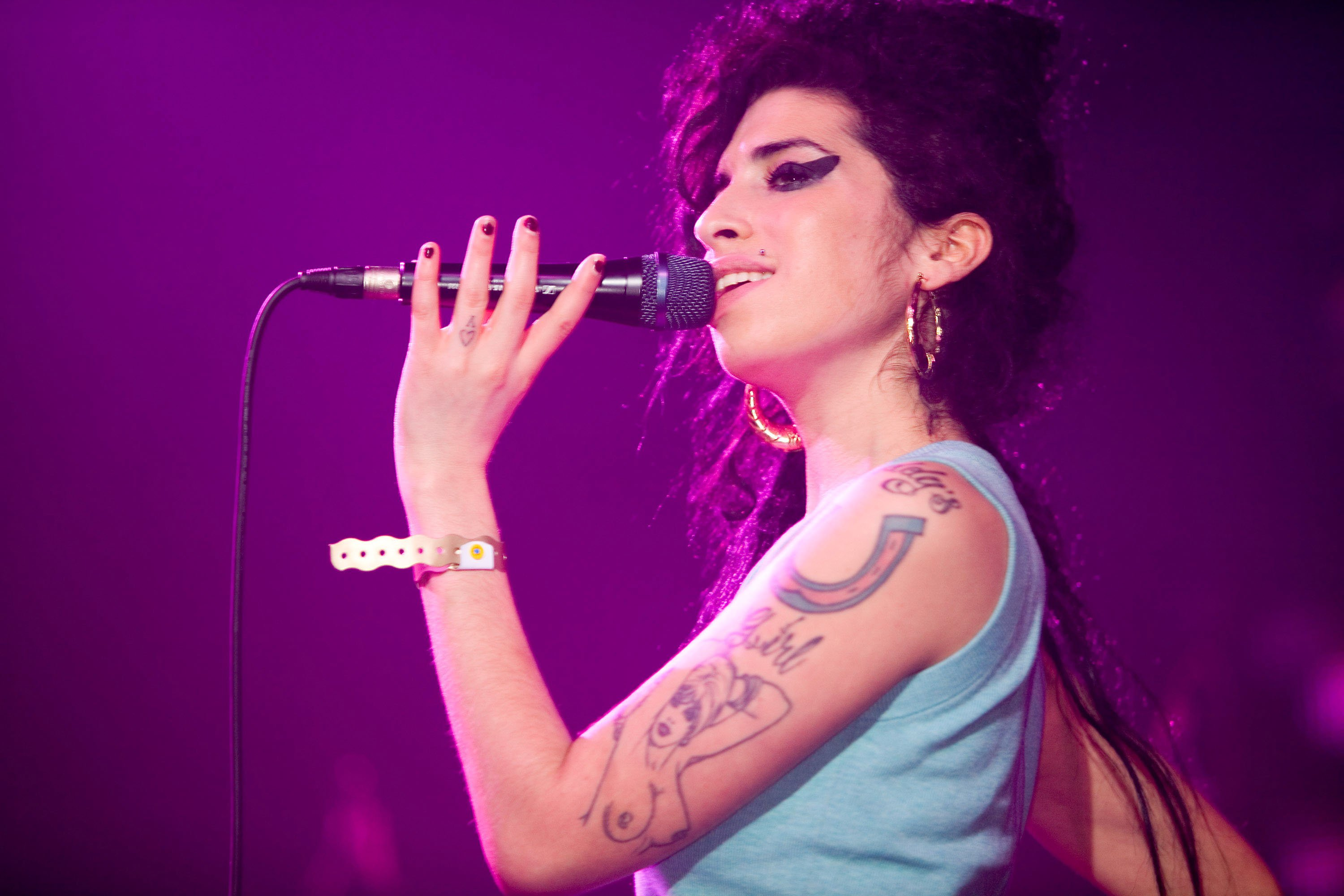 Amy Winehouse during AOL'S Winter Warmer gig - November 29, 2006 at Forum in Kentish Town in London, Great Britain. | Source: Getty Images