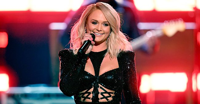 Check Out Miranda Lambert as She Shows off Her Slim Waist in a Cowgirl Outfit (Photo)
