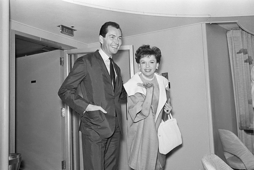 Judy Garland and Mark Herron on June 16, 1964   Photo: Getty Images