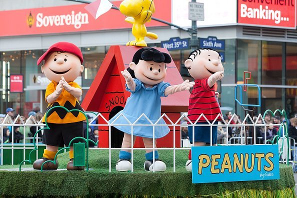 Charlie Brown at the Macy's Legendary Thanksgiving Day Parade on November 24, 2011 in New York City. | Photo: Getty Images