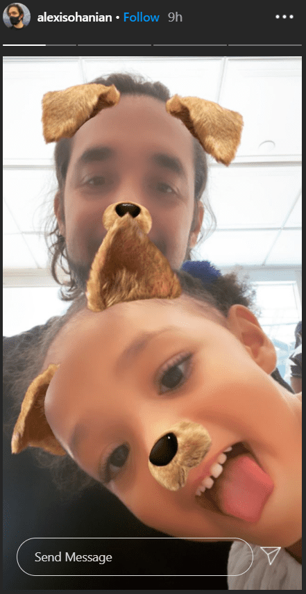 Alexis Ohanian and his daughter Olympia in a goofy picture together. | Photo: Instagram/alexisohanian