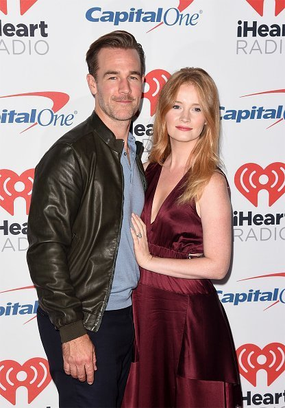 James Van Der Beek and wife Kimberly Brook attended the 2017 iHeartRadio Music Festival at T-Mobile Arena on September 22, 2017 in Las Vegas, Nevada. | Photo: Getty Images