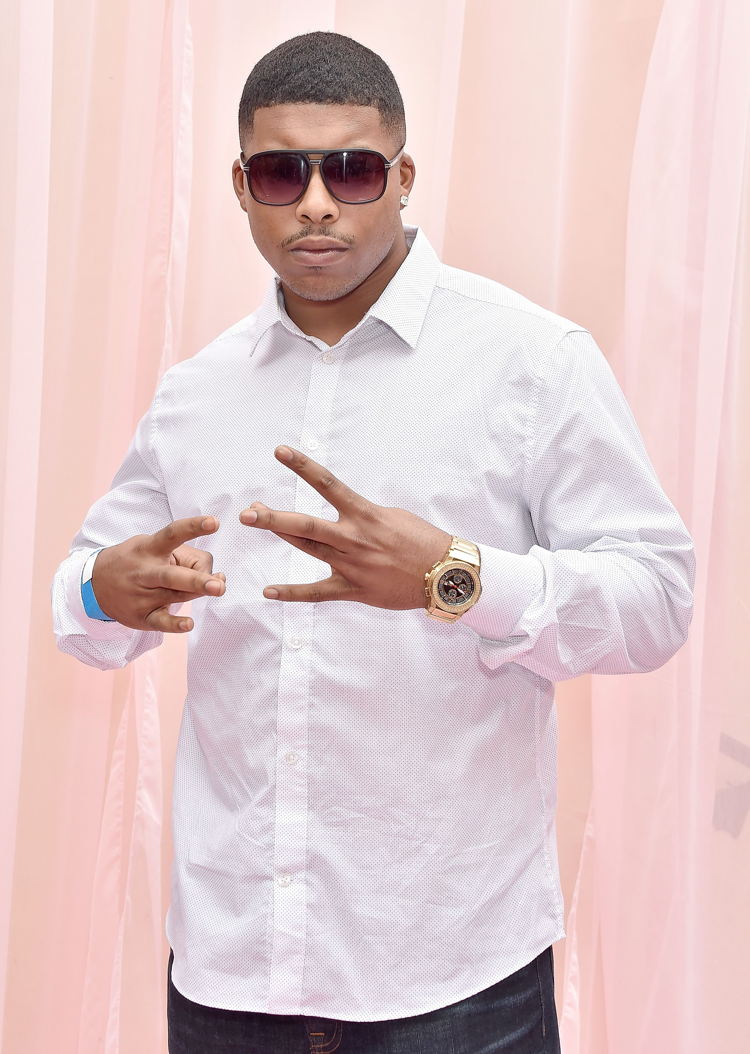 Suge Jacob Knight arrives at Hollywood Unlocked Social Impact Brunch Powered By PrettyLittleThing.com at The Sunset Room on June 22, 2019 in Hollywood, California. | Source: Getty Images