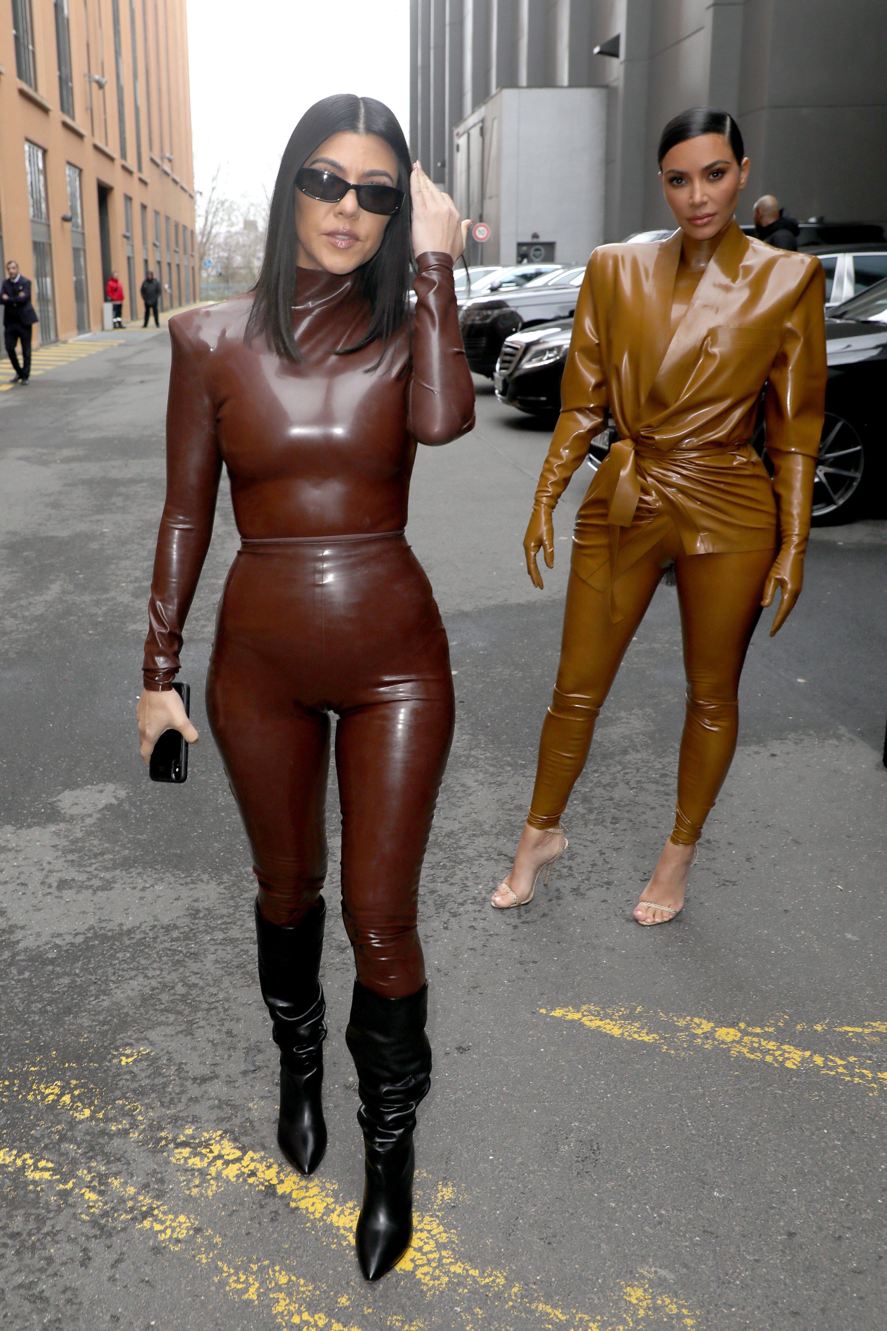 Kourtney and Kim Kardashian attend the Balenciaga Show during Paris Fashion Week in France on March 1, 2020 | Photo: Getty Images