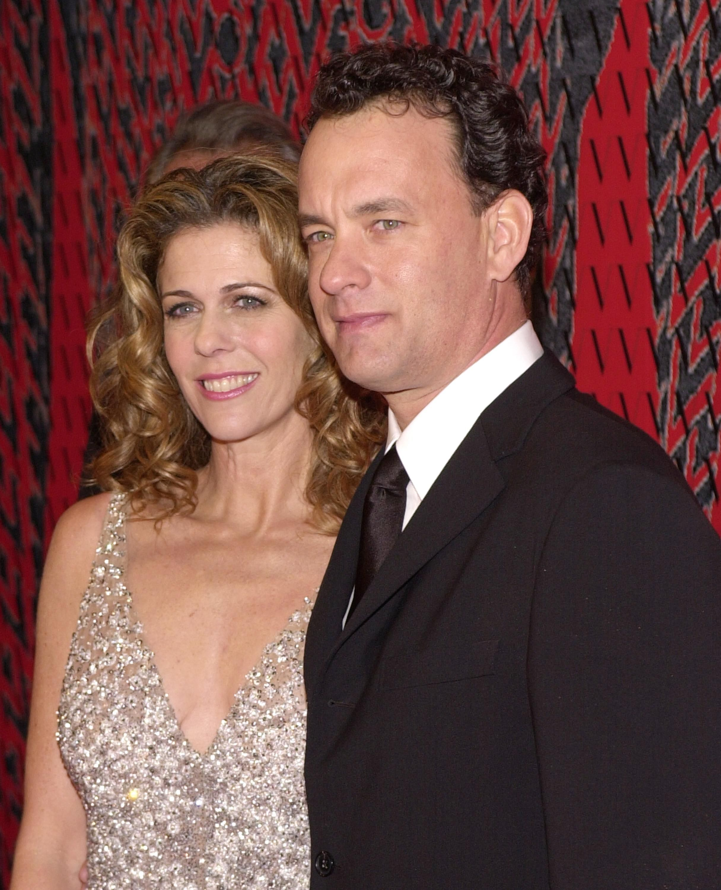 Tom Hanks and wife Rita Wilson arrive at Valentino's 40th Anniversary Los Angeles event November 17, 2000 | Source: Getty Images