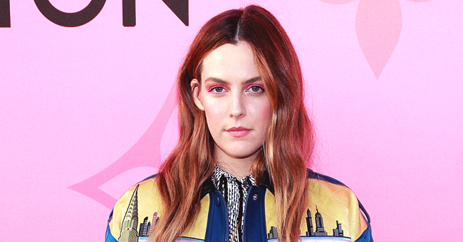 Lisa Marie Presley's Daughter Riley Keough Unanimously Praised as Beautiful (Photos)