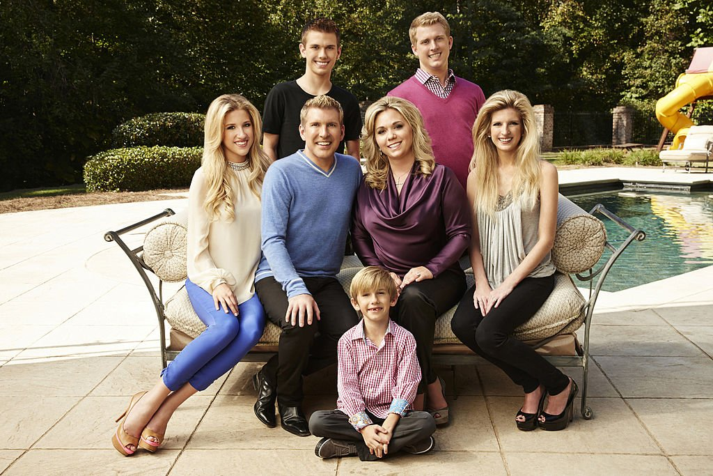 Pictured: (l-r) Savannah Chrisley, Todd Chrisley, Chase Chrisley, Grayson Chrisley, Julie Chrisley, Kyle Chrisley, Lindsie Chrisley Campbell -- | Photo : Getty Images