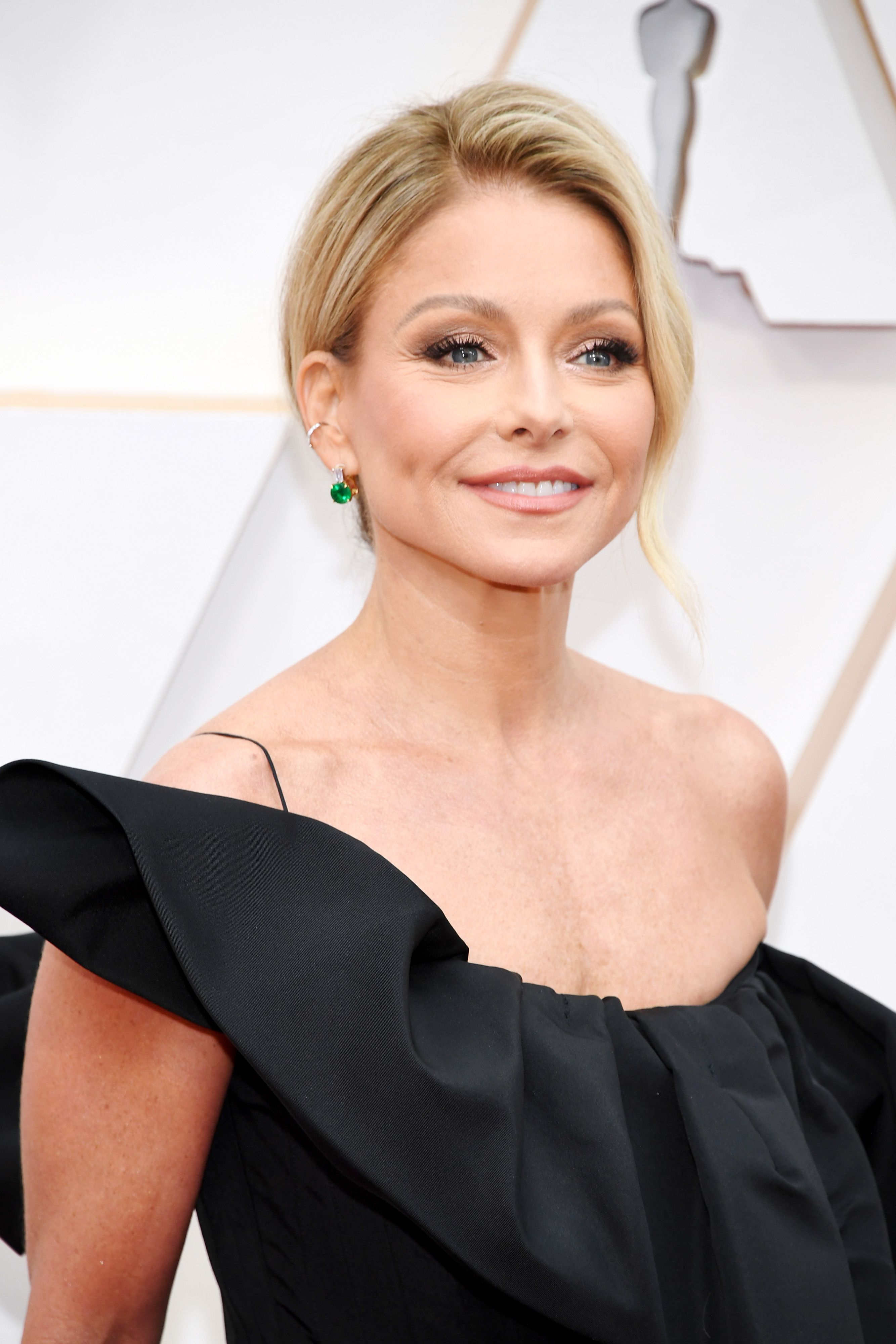 Kelly Ripa at the 92nd Annual Academy Awards at Hollywood and Highland on February 09, 2020 | Photo: Getty Images