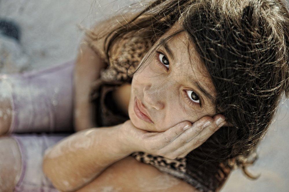 Une fille triste.   Photo : Shutterstock