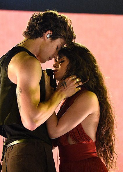 Shawn Mendes and Camila Cabello at Microsoft Theater on November 24, 2019 in Los Angeles, California. | Photo: Getty Images