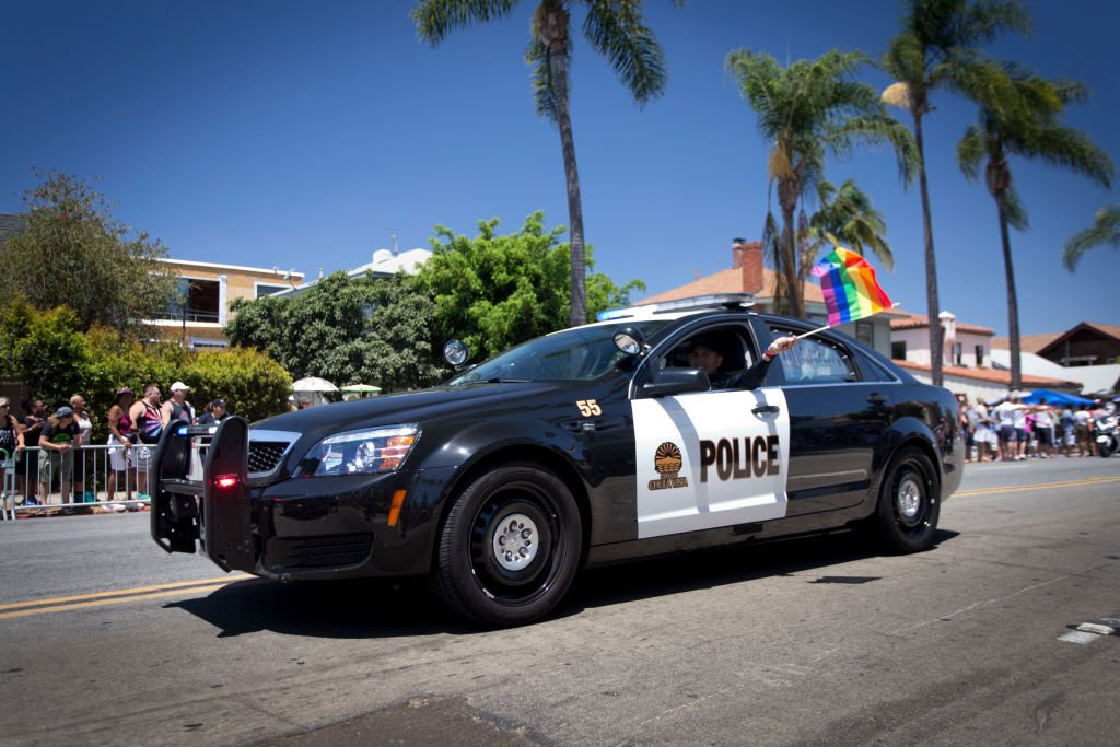 Police cruiser of the Police of Chula Vista displaying a rainbow flag at the San Diego Pride Parade on July 16, 2016   Photo: Getty Images