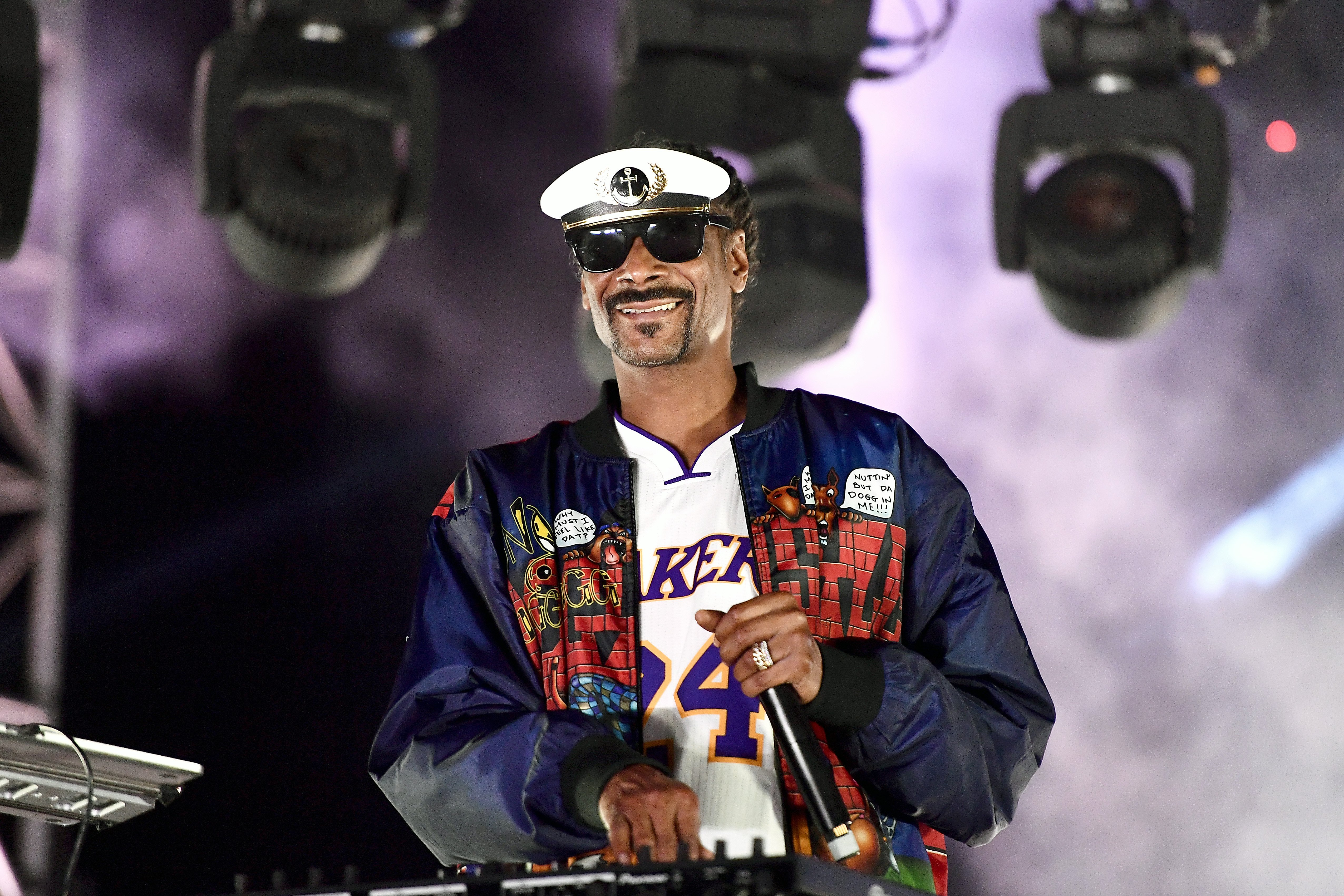"""Snoop Dogg at the """"Concerts in Your Car"""" drive-in concert on October 2, 2020 in Ventura, California. 