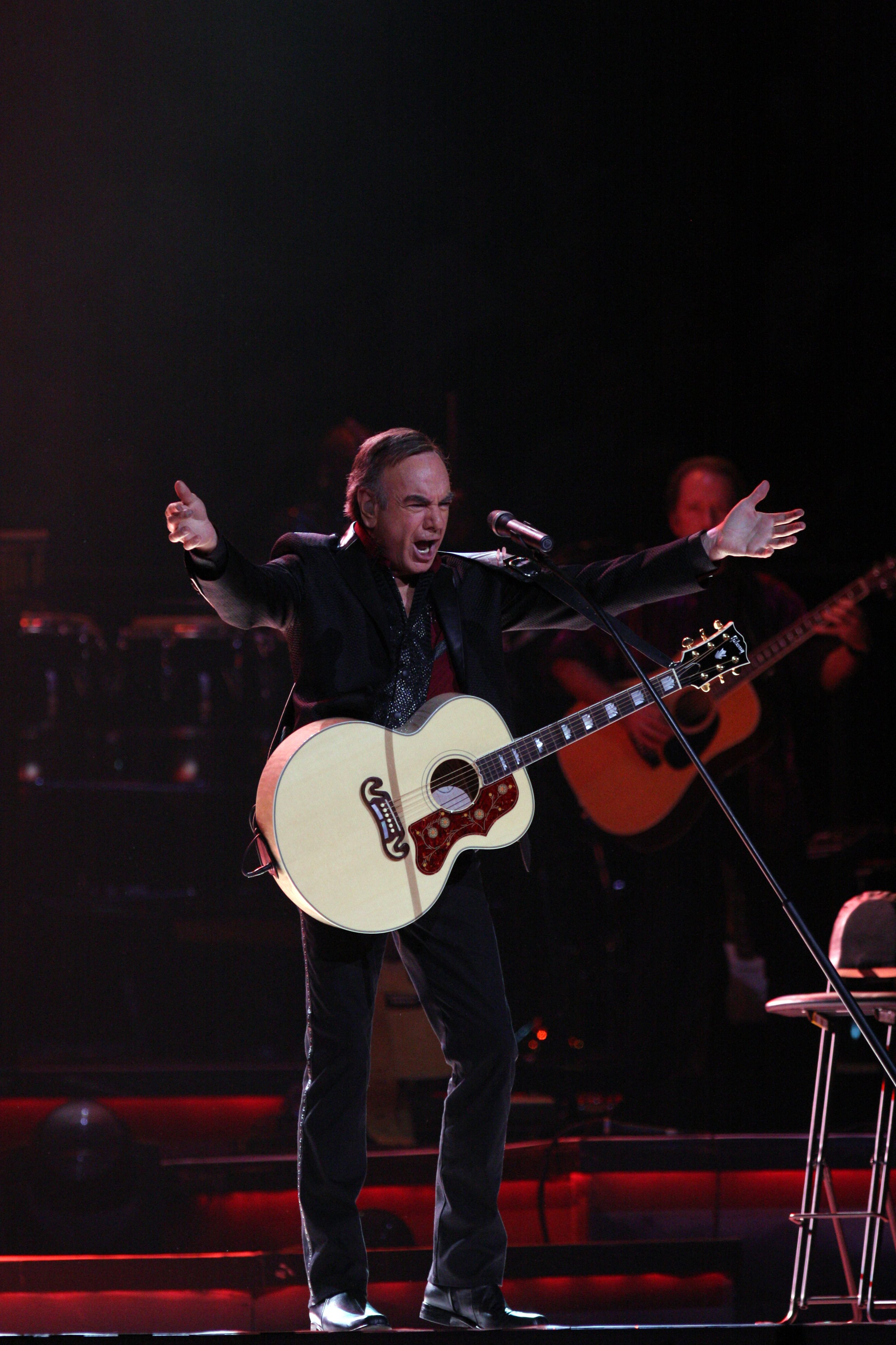 Neil Diamond performs at the Acer Arena on 26 March 2011. | Source: Wikimedia Commons.
