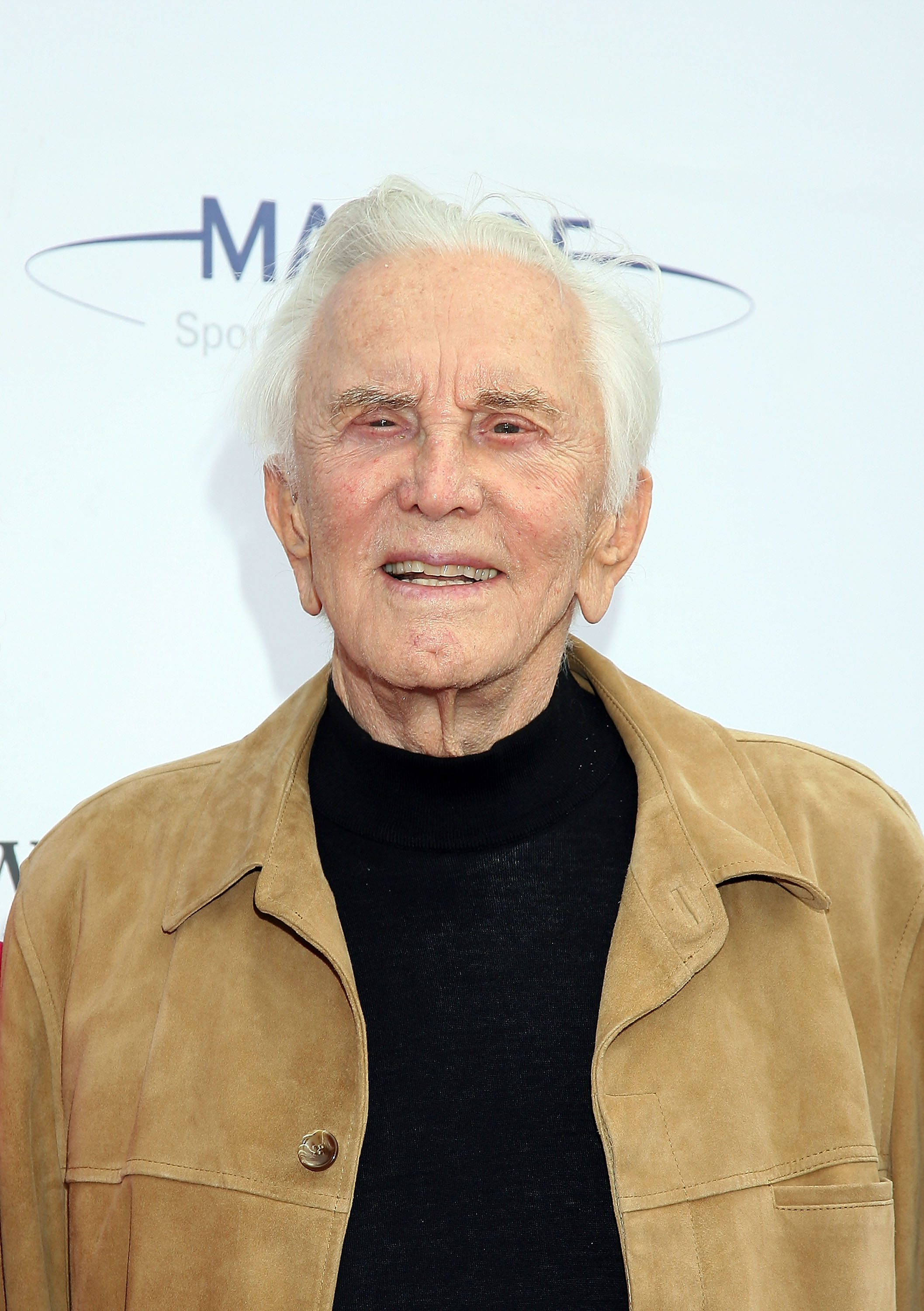 "Kirk Douglas attends the 2nd Annual ""High Flying Fundraiser"" October 4, 2008 