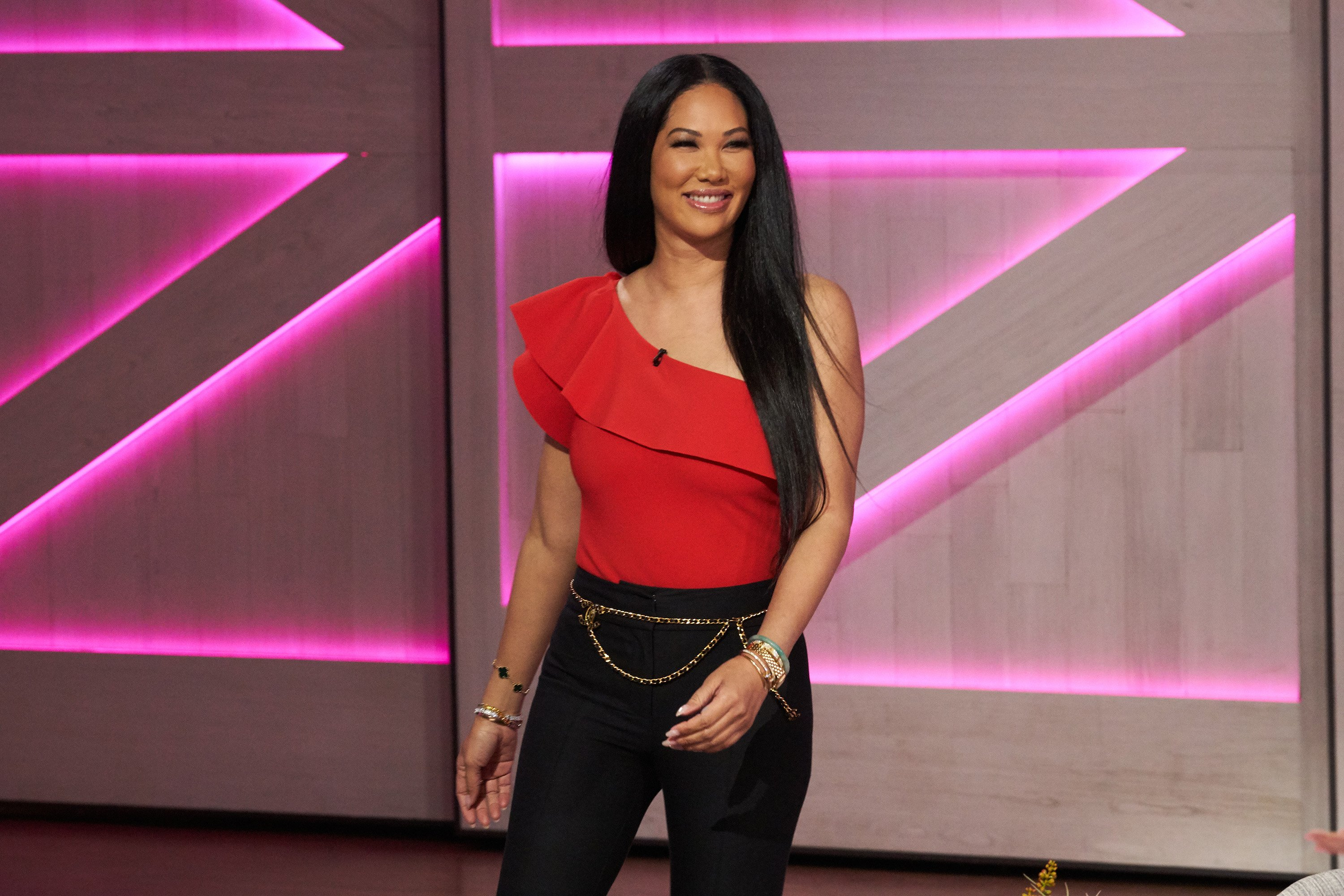 """Kimora Lee Simmons pictured on the set of """"The Kelly Clarkson Show"""" in January 2020.   Source: Getty Images"""