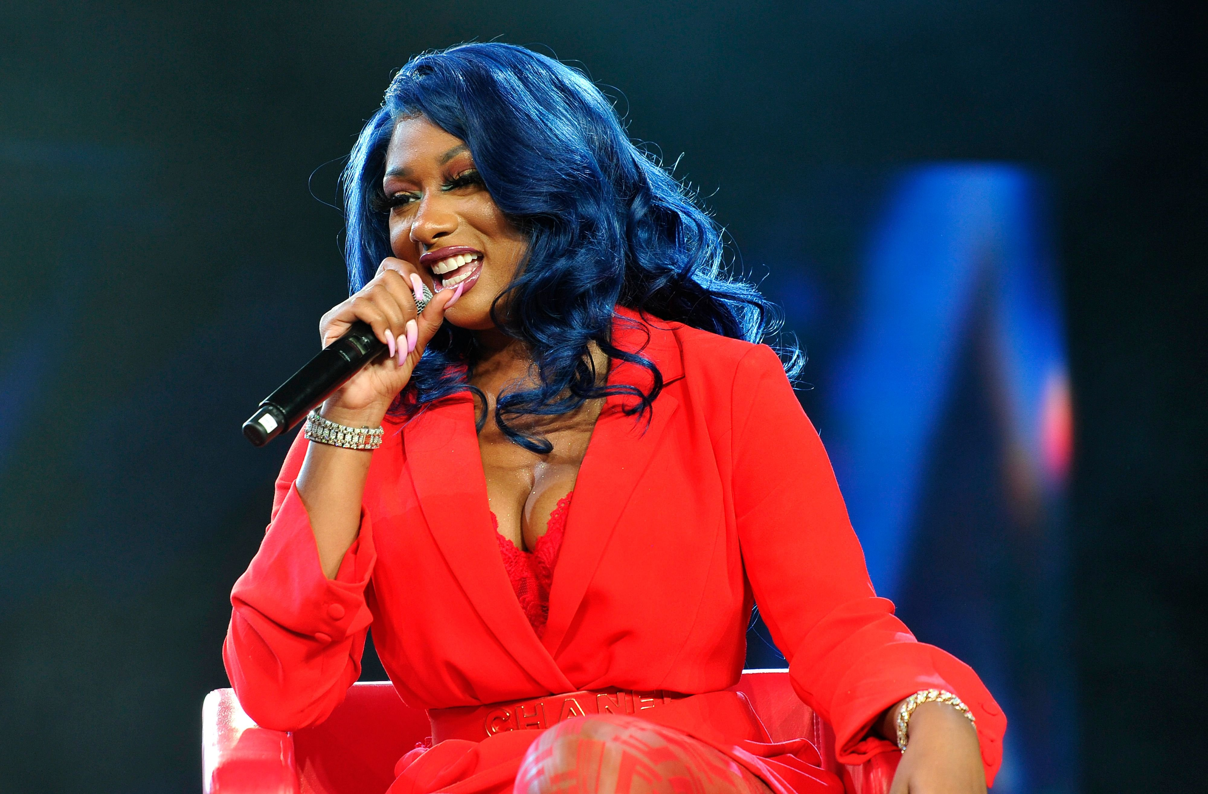 Megan Thee Stallion speaks onstage at Beautycon Festival Los Angeles 2019 at Los Angeles Convention Center on August 11, 2019 | Photo: Getty Images