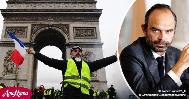 Gilets jaunes: Pour 70% des Français, la mise en suspend de l'augmentation de la consommation de carburant arrêtera les manifestations